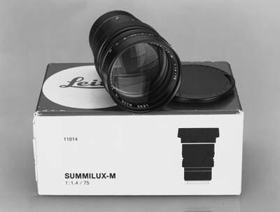 Summilux-M f/4 75mm. no. 30636