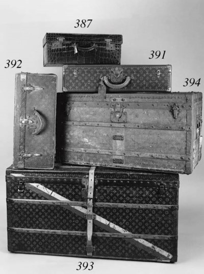 A Louis Vuitton suitcase, cove