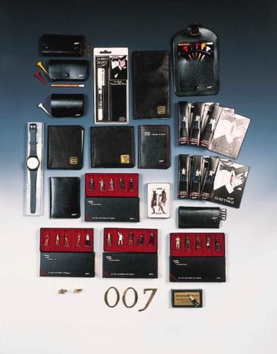 007 SOUVENIRS