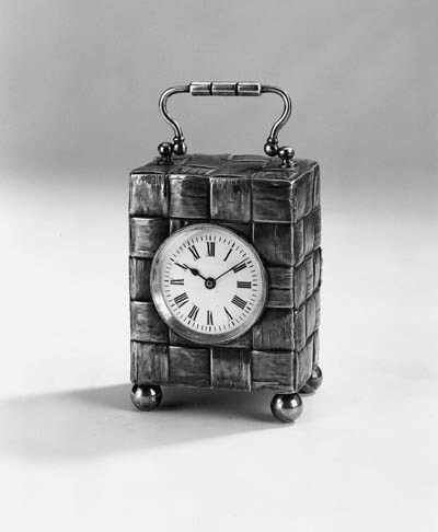 A late Victorian carriage timepiece
