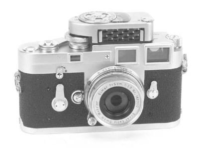 Leica M3 no. 1042950