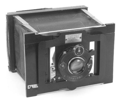 Deluxe collapsable camera
