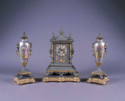 A FRENCH GREY AND GILT-LACQUER