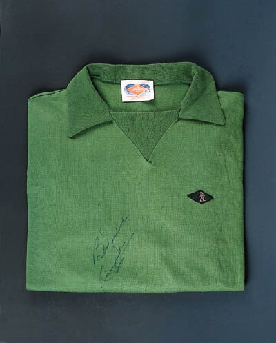 A green Celtic goalkeeper's sh