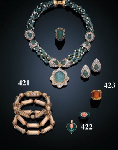 A SUITE OF CHRYSOPRASE AND COR