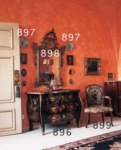 Lackkommode, Louis XV