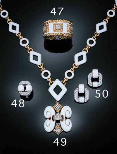 A PAIR OF ENAMEL AND DIAMOND E