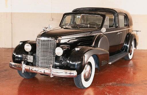 1938 CADILLAC V16 TOWN CAR (se
