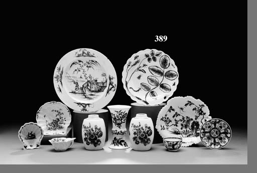 A WORCESTER BLUE AND WHITE STRAWBERRY LEAF DISH, TWO 'BLIND EARL' DISHES AND A LEAF-SHAPED PICKLE DISH