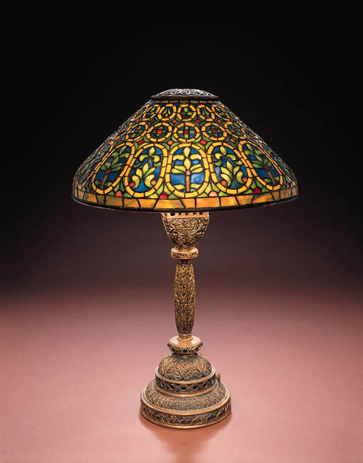 A 'VENETIAN' LEADED GLASS AND GILT-BRONZE TABLE LAMP