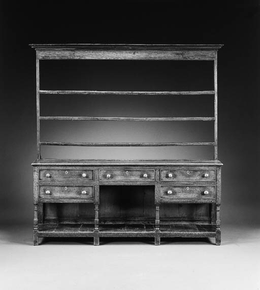 A WILLIAM AND MARY OAK DRESSER