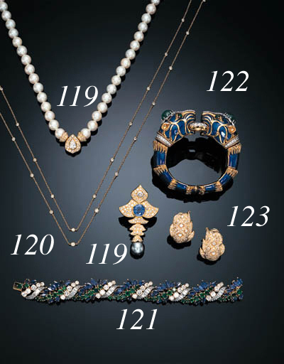 A SAPPHIRE, EMERALD AND DIAMOND BRACELET