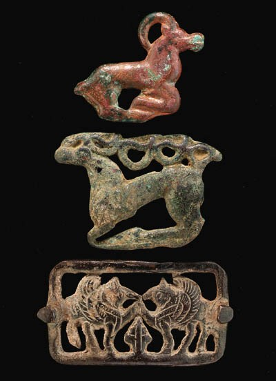 FIVE CENTRAL ASIAN BRONZE ORNA