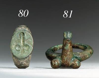 A ROMAN BRONZE FINGER RING