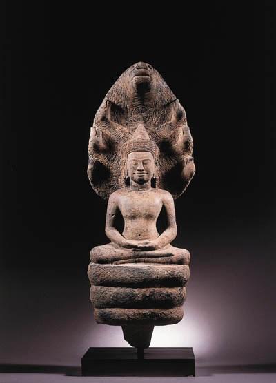 a khmer, angkor vat style, san