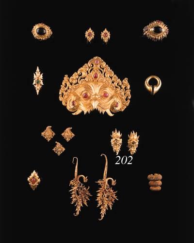 two javanese gold ear rings