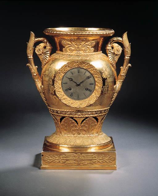 a paris porcelain two-handled