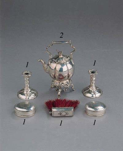 A Dutch silver miniature kettl