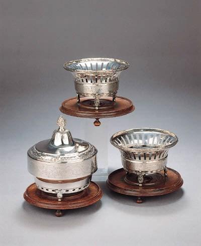 A Dutch silver tobacco pot and