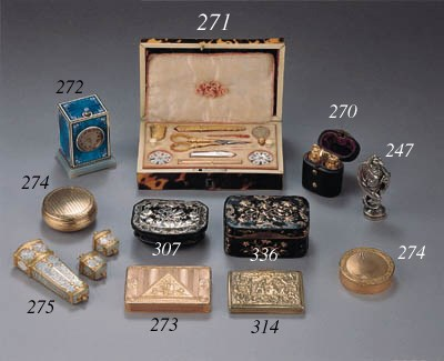 Two gold snuff boxes