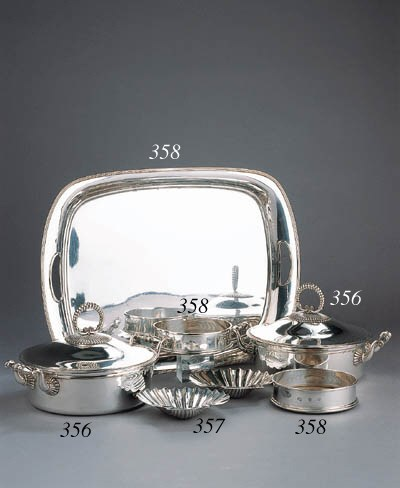 A Dutch silver tray and two En