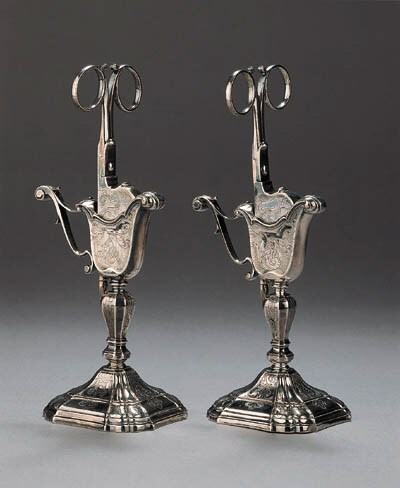 Two pairs of Dutch silver snuf
