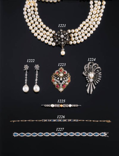 A CULTURED PEARL FOUR-ROW NECK