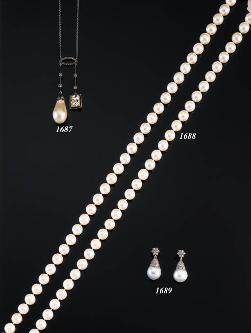 A PAIR OF CULTURED PEARL AND DIAMOND EARPENDANTS