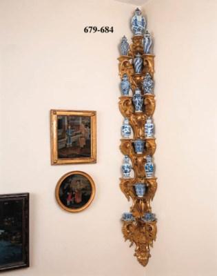 A set of eighteen Chinese blue