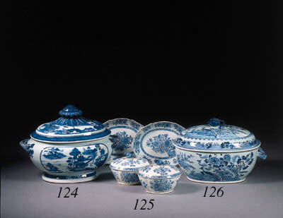 A blue and white tureen and co
