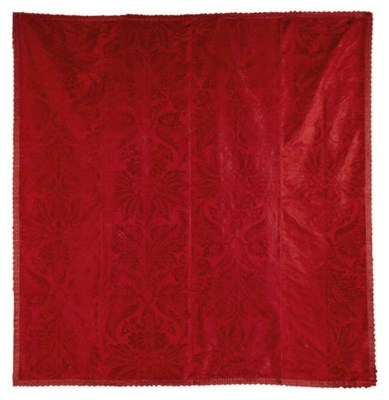 A JOINED COVERLET OF CRIMSON D