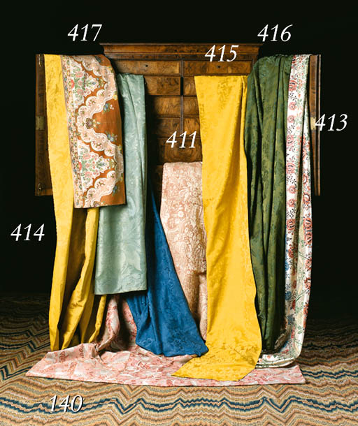 A JOINED COVERLET OF THREE LEN