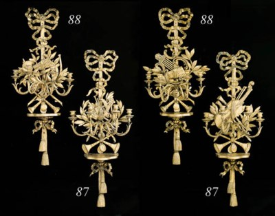 A PAIR OF GILTWOOD FOUR-BRANCH