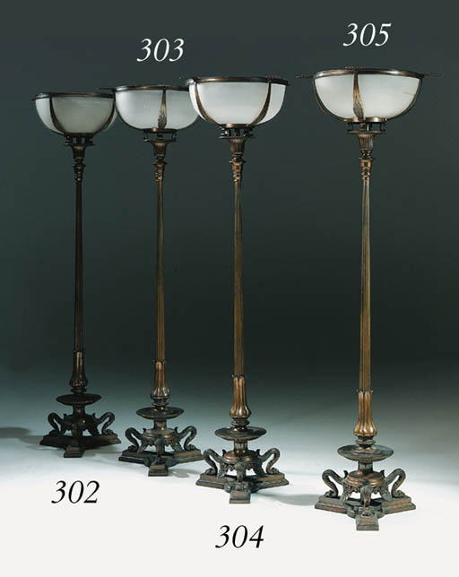A PAIR OF VICTORIAN LACQUERED-