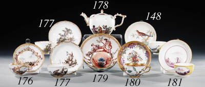 A Meissen Hausmalerei teacup a