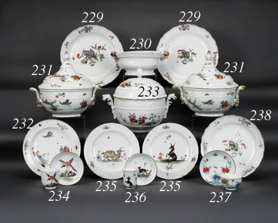 Two Meissen shaped circular di