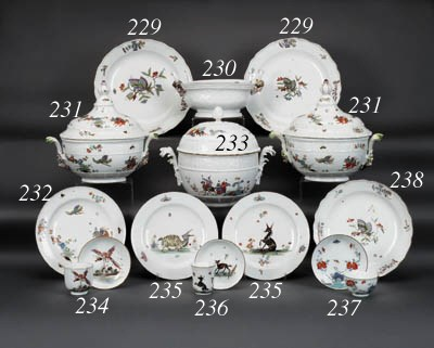 A Meissen oval two-handled bas