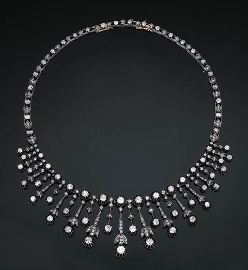 An Antique Diamond Fringe Neck