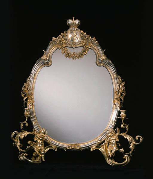 A Russian silver-gilt dressing
