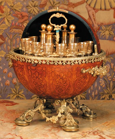 A French ormolu-mounted tulipw