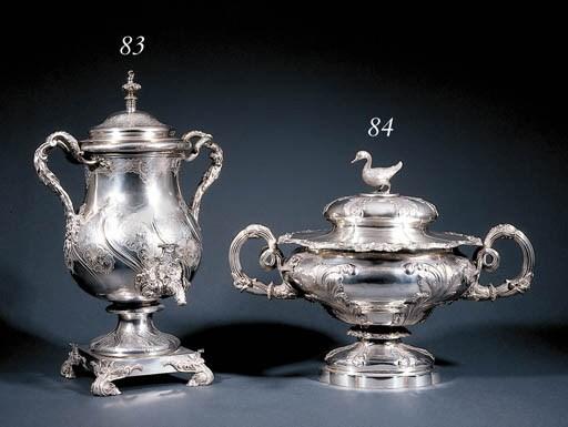 A William IV silver tea-urn