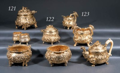 A George III silver-gilt tea-s