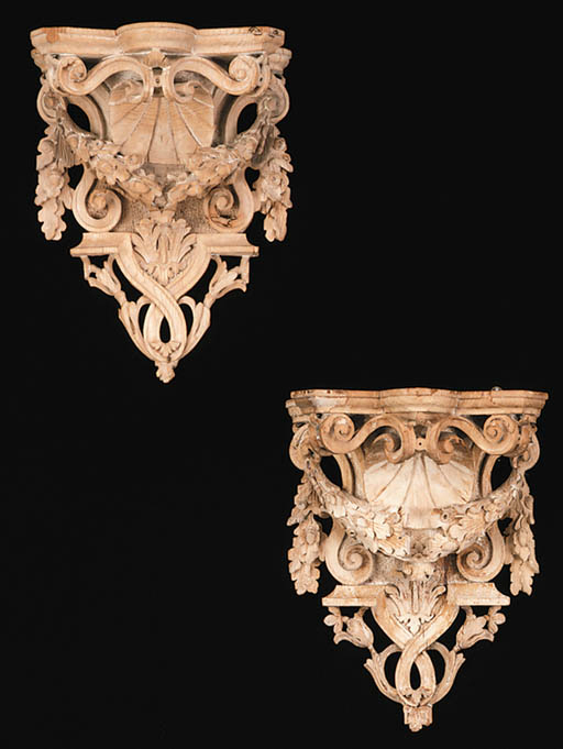 A PAIR OF PINE WALL BRACKETS
