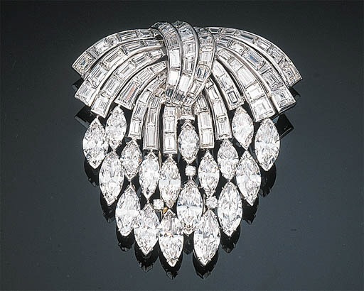 An Impressive Diamond-set Casc