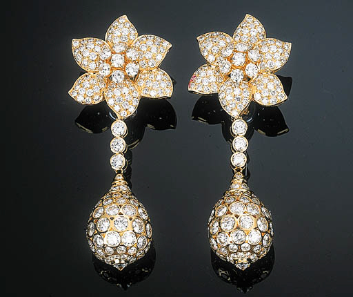 A Pair of Diamond-set Ear Pend