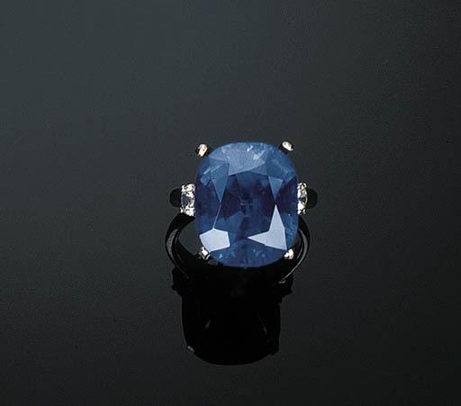 An Impressive Sapphire and Dia