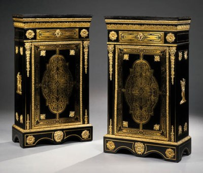 A PAIR OF ORMOLU-MOUNTED EBONI