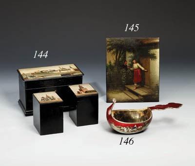 A lacquer Tea Box