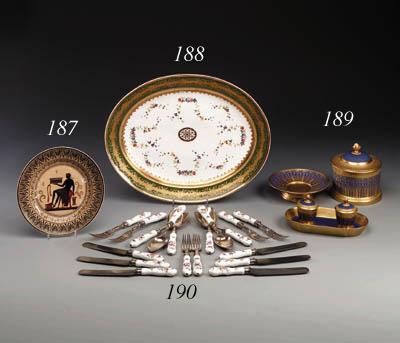 A set of porcelain-mounted Fla