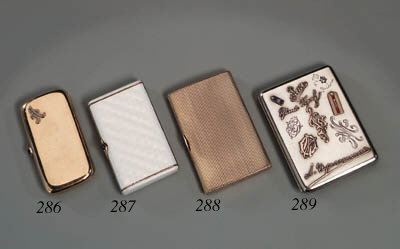 A gemset gold Cigarette-case